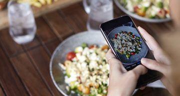 Jak social listening w branży gastronomicznej pozwala przyciągnąć klientów?